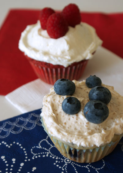 fourth of july cupcakes. Fourth of July pool party.
