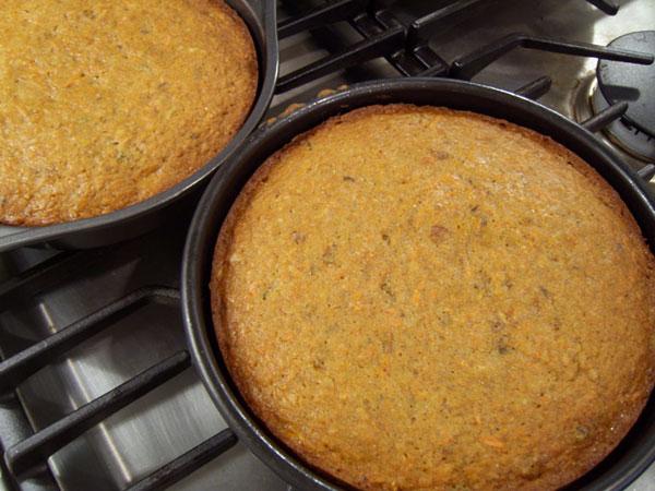 carrot_cake_baked