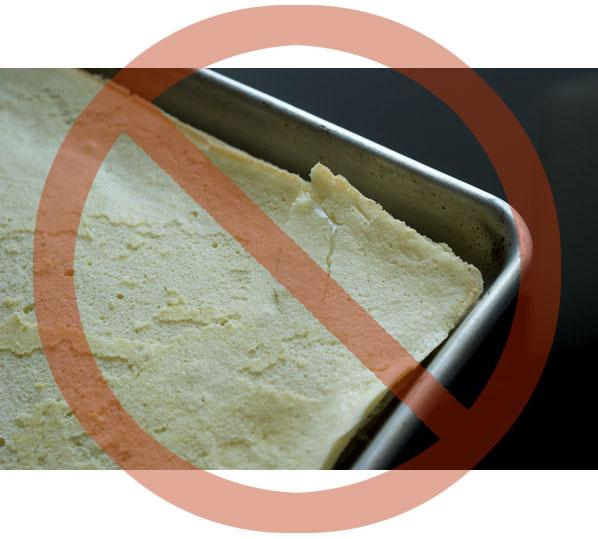 sponge-cake-cracked