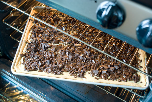 chocolate-toffee-bars-melt-chocolate