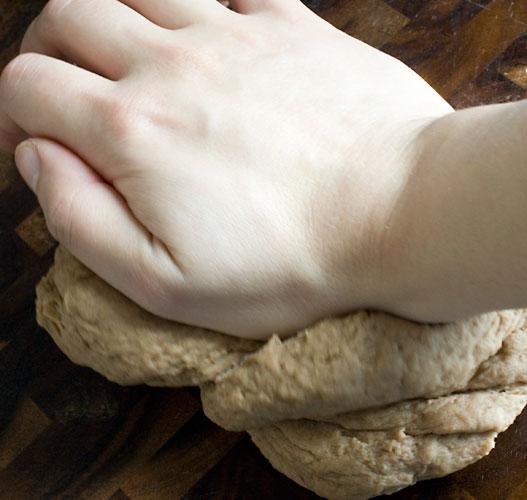 cannoli-knead-2