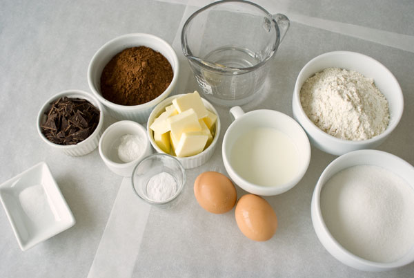 chocolate-cake-ingredients