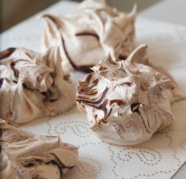 meringue_cookies_only