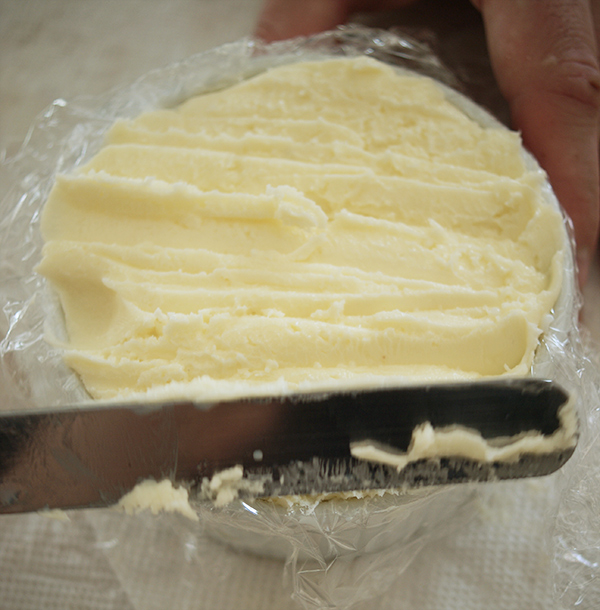how_to_make_butter_10